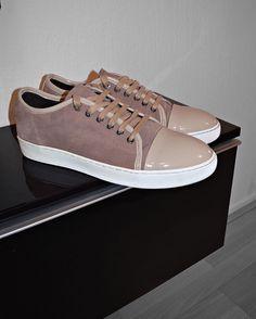 Earth vibe.. read more on www.reza-style.com & @reza__01 #rezastyle #fashion #lifestyle #health #suit #outfit #mensttyle #men #lanvin#sneakers