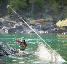 Kayak Fishing Women Simple fly-fishing with Patagonia founder Yvon Chouinard Fly Fishing Tips, Fishing Girls, Gone Fishing, Best Fishing, Trout Fishing, Kayak Fishing, Fishing Tricks, Fishing Basics, Salmon Fishing
