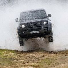 Top 5 Cars in 2019 New Land Rover Defender, New Defender, Range Rover Off Road, G Wagon, James Bond, Toys For Boys, Cars And Motorcycles, Offroad, Cool Cars