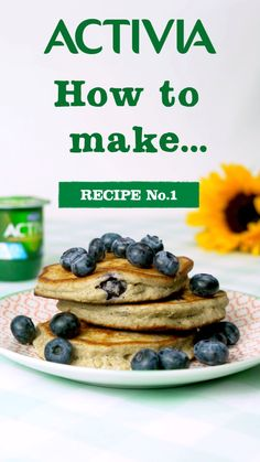 Activia presents how to make heavenly oatmeal hotcakes with fresh blueberries Healthy Snacks, Healthy Recipes, Good Food, Yummy Food, World Recipes, Food Items, Crepes, Smoothie Recipes, Breakfast Recipes