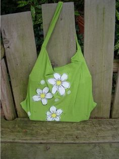 Groovy T-Shirt Tote ; super easy way to recycle an old tshirt