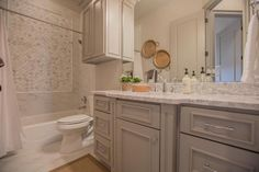 180 Best dream bathrooms images in 2019 | Dream Bathrooms, Renting a
