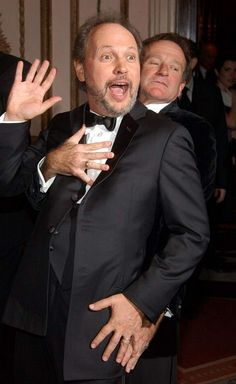 Billy Crystal & Robin Williams at a Museum of the Moving Image event honoring Crystal in 2003.