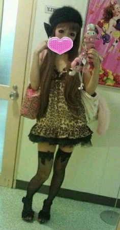 Gyaru Fashion, Harajuku Fashion, Japanese Fashion, Japanese Girl, Lip Artwork, Emo Princess, Maquillaje Halloween, Alternative Girls, Hot Outfits