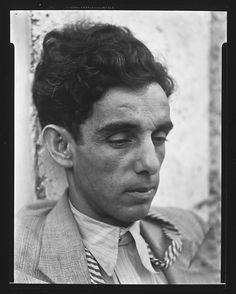 Victor Manuel Garcia, Cuban Artist photography by: © Walker Evans Archive, The Metropolitan Museum of Art Walker Evans, People Photography, White Photography, Manolo Garcia, Social Realism, Cuban Art, Avant Garde Artists, Magic Realism, Make Pictures