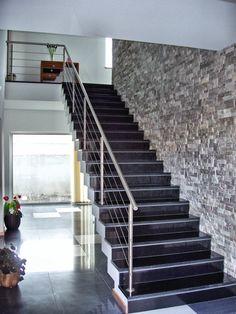 Modern Stair Railing, Balcony Railing Design, Home Stairs Design, Duplex House Design, Modern Stairs, Staircase Wall Decor, House Staircase, Staircase Makeover, Staircase Railings