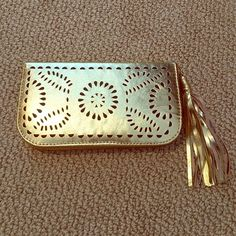 Metallic Gold Leather Wallet Handmade in Bali Metallic gold leather wallet made by hand in Bali.  8 card slots, 5 cash slots, 1 zip slot, tassel zipper closure. No Brand Bags Wallets