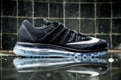 """The Nike Air Max 2016 Line Starts Strong in """"Black/White"""""""