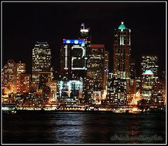 Seattle Seahawks jus won their first playoff game today. In honor of them making it back, one of the buildings in downtown Seattle turned on the office lights to make the number 12 for the Man. Go Seahawks! Seattle Times, Downtown Seattle, Seattle Skyline, Seahawks Fans, Seahawks Football, Football Fever, Football Helmets, Seattle Sounders, Seattle Seahawks