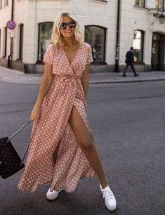 summer maxi dress with sneakers, obsessed with this look, need a good pair of wh. - summer maxi dress with sneakers, obsessed with this look, need a good pair of white sneakers (moderate price) Source by bkalcheva - Fashion Mode, Look Fashion, Street Fashion, Fashion Clothes, Fashion Outfits, Womens Fashion, Dress Fashion, Sporty Fashion, Sporty Chic