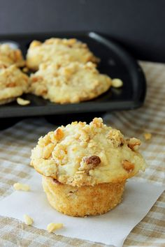 Peach and Macadamia Nut Muffins with Streusel Topping