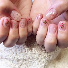 「ピンクって子供っぽいなんて嘘!シアーピンクで作る大人可愛いネイルデザイン特集!」に含まれるinstagramの画像|MERY [メリー]