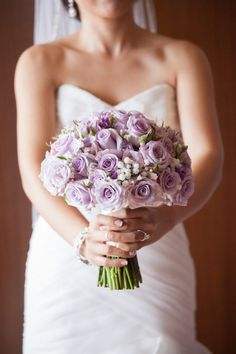 Numerous bride-to-bes might know the wedding event flower they want in their own bouquet, however are a little mystified about the rest of the wedding event flowers needed to complete the event and reception. Rose Bridal Bouquet, Purple Wedding Bouquets, Lilac Wedding, Bride Bouquets, Wedding Favours Luxury, Wedding Flower Guide, Brides And Bridesmaids, Deep Breath, Bridal Magazines