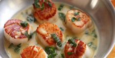 Seared Scallops in White Wine Butter Sauce Seafood Recipes, Appetizer Recipes, Dinner Recipes, Cooking Recipes, Healthy Recipes, Appetizers, Seafood Dinner, Fish And Seafood, White Wine Butter Sauce