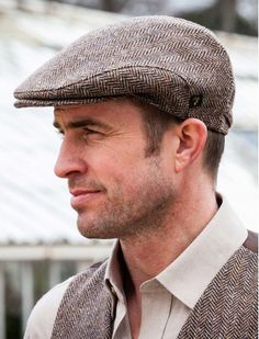 The Aran Sweater Market suggests you try on our Trinity Tweed Flat Cap in Grey. Authentically made in Ireland using the finest Irish tweed, add a heritage inspire look to any outfit with our Irish Cap in Grey Irish Fashion, Men Fashion, Fashion Guide, Fashion Hats, Irish Hat, Retro, Beard Model, Mens Fashion Sweaters, Hat For Man