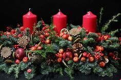 Christmas Table Centerpieces | Christmas Table Decorations By London Designer Florist