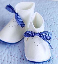 Cute felt slippers DIY