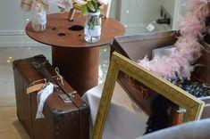 Quelques accessoires pour le phootbooth ! Lorraine, Deco, Photo Booth, Accessories, Photo Booths, Decor, Deko, Decorating, Decoration