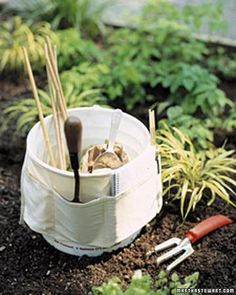 Create a gardening tool caddy that you can tote while you tend your plants.