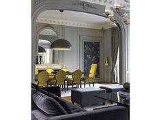 10-stile-classico-zona-pranzo-sedie-tessuto-giallo
