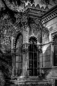 before renovation (antes de la renovación) by Andrzej Koliba on 500px