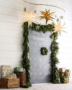Beautiful fresh garlands transform any home into a Christmas wonderland. The aroma, vibrancy, and quality are exactly what you need for your home this holiday season! We handcraft our fresh evergreen… Hygge Christmas, Noel Christmas, All Things Christmas, Winter Christmas, Christmas Wreaths, Christmas Crafts, Christmas Countdown, Farmhouse Christmas Decor, Diy Weihnachten
