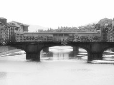 Ponte Vecchio in Florence Italy- is just the tip of the iceberg. Read to find tips on the best places to eat in this Foodie guide to Florence Italy.