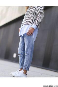 Tommy Hilfiger shirt, H&M boyfriend jeans, H&M striped jumper, Adidas Stan smith.