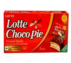 Lotte Choco Pie:  An irresistible snack that brings you delicious pieces of cake with Marshmallow filling on the inside and a layer of chocolate on the outside!