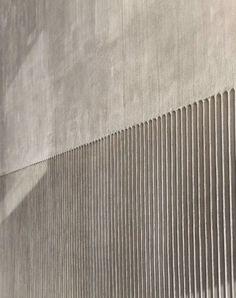 Municipal House in Kaiserslautern by Bayer & Strobel Architekten / Praying under Concrete Shells – Architecture and Architects – News / News / – BauNetz. Architecture Design, Concrete Architecture, Facade Design, Wall Design, Concrete Bowl, Concrete Facade, Concrete Texture, Concrete Walls, Kaiserslautern