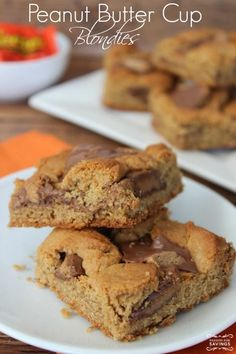Peanut Butter Cup Blondies Recipe! Easy Dessert Recipe for any holiday, special occasion, or just for dessert!