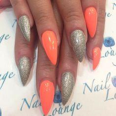#ShareIG by @caro38nails #nails #nailbar #naillounge #nailcocktail #fcnails #nailitdaily