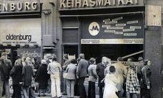 Keihäsmatkojen konkurssi toukokuussa 1974. Asiakkaat odottivat rahojaan takaisin. KUVA IL-ARKISTO.