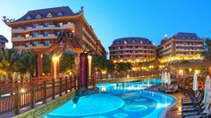 Hotel Royal Dragon, Side, Antalya, Turcia Side Antalya, Dragon, Mansions, House Styles, Outdoor Decor, Hotel Royal, Recherche Google, Home Decor, Rome