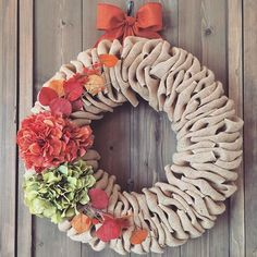 Good Morning and Happy Friday!  It's been a busy week of filling orders from the Etsy show and trying to keep up with all the new orders coming in from my Etsy shop.  I'm hoping to get caught up this weekend so I'll have a little time next week to prepare for Thanksgiving.  I'm also trying to create new stock for my shop- this fall wreath is available.  #fallwreath #willowbloomwreaths #etsy613 #etsymadeincanada #etsyshop #happyfriday #burlapwreath #burlapdecor #hydrangeawreath #orangewreath…