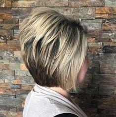 Medium Stacked Haircuts, Stacked Bob Hairstyles, Medium Bob Hairstyles, Curly Hairstyles, Medium Stacked Bobs, Wedding Hairstyles, Layered Haircuts, Trendy Hairstyles, Short Hair With Layers