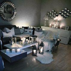 Cozy nights✨ #candlelit #currentmood #homedecor #angelic #chiclifestyle