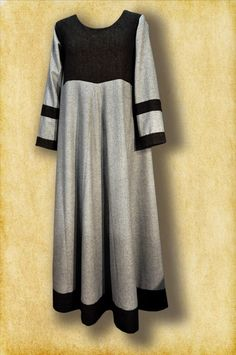 early viking dress based on Birka findings Made of natural wool in grey and brown colour.   www.facebook.com/carolstroje