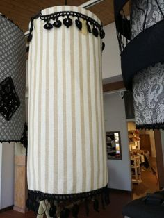 The Donatello lampshade, made of beautiful Busatti fabric.
