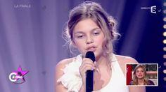 """Louane, sa première télé à """"12 ans trois quarts"""" - C à vous - 02/03/2015"""