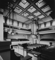 Interior. Templo Unitario, por Frank Lloyd Wright. 875 Lake Street, Oak Park, Cook County, Chicago Illinois. 1905-1908.