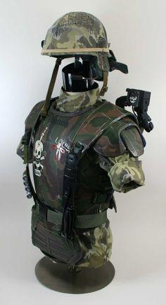 Hudson (Bill Paxton) armor from Aliens.