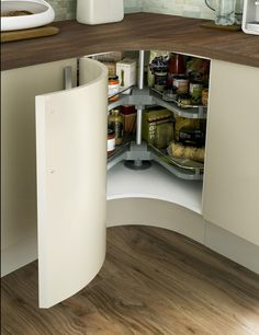 Concave Curved Corner Base Unit with Premium Corner Carousel and Alaska White Honed Square Edged Worktop Corner Sink Kitchen, Barn Kitchen, Round Kitchen, Kitchen Tiles, Kitchen Flooring, Kitchen Island, Kitchen Cupboard Designs, Diy Kitchen Storage, Best Kitchen Designs