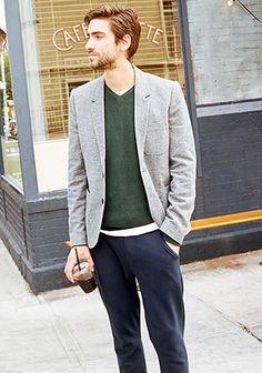 【秋物1点投入】グレージャケット×緑Vネックニットの着こなし(メンズ) | Italy Web Casual Outfits, Men Casual, Mens Fashion, Daily Fashion, Autumn Fashion, Suit Jacket, Blazer, My Style, How To Wear