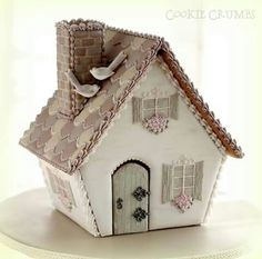 Gingerbread fairy cottage, springtime beige, by Mint Lemonade (Cookie Crumbs): Gingerbread Village, Christmas Gingerbread House, Christmas Treats, Christmas Baking, Gingerbread Cookies, Christmas Cookies, Italian Christmas, Cookie House, House Cake