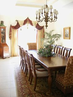 Creative Window Treatments Work Sample Gallery-Dining Room with Arched… Curtains And Draperies, Elegant Curtains, Colorful Curtains, Valances, Arched Window Treatments, Custom Window Treatments, Window Coverings, Formal Living Rooms, My Living Room