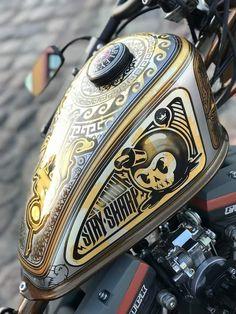 its mine Custom Paint Motorcycle, Bobber Motorcycle, Custom Tanks, Custom Bikes, Custom Motorcycles, Cool Car Paint Jobs, Concept Motorcycles, Mechanical Art, Biker