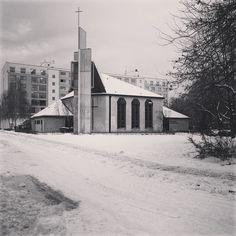 Glaube an die Platte #dasandereberlin #berlin #marzahn #architecture #winter