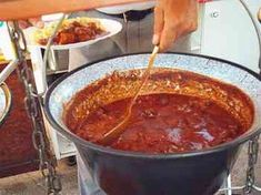 Native Foods, Tasty, Yummy Food, Hungarian Recipes, Goulash, Stew, Chili, Grilling, Bacon