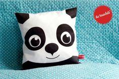 Panda Kissen // panda pillow by Die Knuschels via DaWanda.com